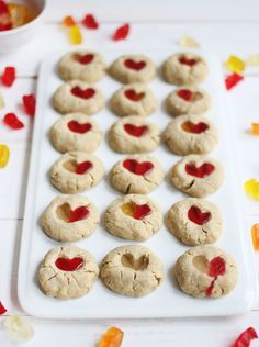 Gummy Bear Cookies - A Beautiful Mess :: I made them with chocolate instead of gummies and we enjoyed them! Carrot Cake Cookies, Bear Cookies, Drop Cookies, Chocolate Chip Cookies, Delicious Cookie Recipes, Baking Recipes, Yummy Food, Fun Recipes, Tasty