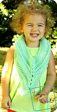 Ariel Scarf Child Size pattern by Divine Debris