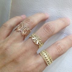 grace lee pieces--love the rose gold lace ring. Jewelry Armoire, Jewelry Box, Jewelry Accessories, Fine Jewelry, Fashion Accessories, Jewelry Design, Trendy Accessories, Fashion Jewelry, Designer Jewellery
