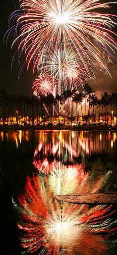hawaii fireworks By Cory.Lum 2009 fireworks offshore ala moana beach park. Honolulu, Hawaii.