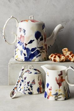 A tea set fit that's basically a work of art. A tea set fit that's basically a work of art. Porcelain Ceramics, China Porcelain, Ceramic Pottery, Ceramic Art, Porcelain Tiles, Painted Ceramics, Porcelain Skin, Porcelain Jewelry, Painted Porcelain
