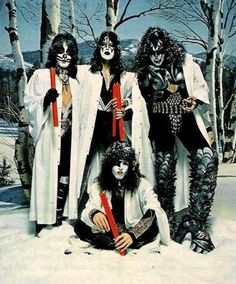 KISS RULES THE WORLD photo