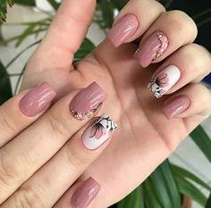 Unhas rosas, unhas lindas, unhas delicadas, unhas decoradas in 2020 Classy Nail Designs, Cute Nail Art Designs, Colorful Nail Designs, Toe Nail Designs, Gorgeous Nails, Pretty Nails, Cute Nails, Tape Nail Art, Gel Nail Art
