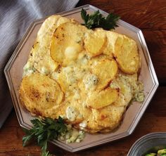 Blue Cheese Potato-Pear Gratin : Sweet pears and salty blue cheese mingle with a bitter pale ale reduction in this novel take on scalloped potatoes. Pear Recipes, Veggie Recipes, Cooking Recipes, Easter Recipes, Holiday Recipes, Easter Food, Dinner Recipes, Cooking With Beer, Cheese Potatoes