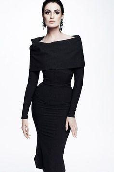 Zac Posen Resort 2013 This is MY kind of dress! Zac Posen know JUST how to design with curves in mind! Look Fashion, Fashion Show, Womens Fashion, Fashion Tips, Review Fashion, Jeans Fashion, Classic Fashion, Hijab Fashion, Fashion Design