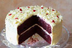 Een makkelijk recept voor een klassieke Amerikaanse red velvet cake.