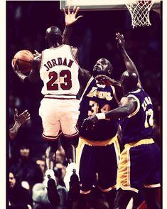 Jeffrey Jordan, Jordan 23, Jordan Retro, Nba Basketball, Basketball Stuff, Michael Jordan Art, Nba Playoffs, Superstar, Air Max