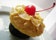 The SoHo: Weekend Treat: Pineapple Upside Down Cupcake