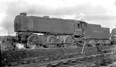 Steam locomotive 33038 of the class. Diesel Locomotive, Steam Locomotive, Southern Trains, Union Pacific Train, Flying Scotsman, National Railway Museum, Steam Railway, Southern Railways, Train Times