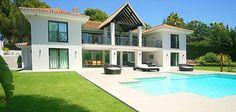 Puerto Banus Villa Marbella Real Estate, Puerto Banus, Future Goals, Villa, Mansions, Luxury, House Styles, Home Decor, Decoration Home