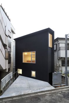 Tiny house design exterior charming small house design in japan gallery best ideas exterior japan minimalist Architecture Du Japon, Houses Architecture, Japanese Architecture, Interior Architecture, Minimalist Architecture, Layouts Casa, House Layouts, Modern Small House Design, Tiny House Design