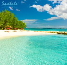 Stunning turquoise beaches at Sandals Royal Bahamian. #Bahamas