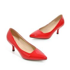 Diane Shoe Winter Wardrobe, Kitten Heels, Collection, Shoes, Fashion, Capsule Wardrobe Winter, Moda, Zapatos, Shoes Outlet