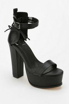 YES Kult Platform Sandal