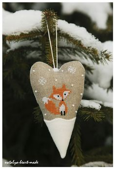 Bestest, cutest fox. Ever. By Natalya in her Heart Made shop.