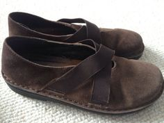 NAOT womens brown suede slip on shoes leather size 37 6.5 7