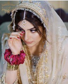 Dpz for girls Asian Wedding Dress, Pakistani Wedding Outfits, Pakistani Bridal Dresses, Asian Bridal, Wedding Dresses For Girls, Bridal Outfits, Bridal Mehndi Dresses, Nikkah Dress, Bridal Dress Design