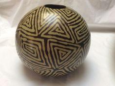 "Sale!!!!  Rare Large Signed Alex Calle Chulucanas Peru 2005 Peruvian Pottery Vase 8"" Tall"