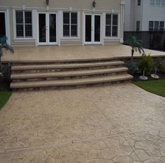 NJ Stamped concrete overlays picture gallery by North Jersey Bomanite. Our concrete overlays will renew the look of your old or worn concrete at a fraction of the cost of replacing it with new concrete. Pergola Designs, Pool Designs, Concrete Front Porch, Concrete Patios, Outdoor Retreat, Outdoor Decor, Patio Pictures, Outdoor Areas, Outdoor Stuff