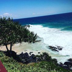 Snapper Rocks  #instagram#followback#l4l#instafollow#instagood#love#pic#海#サーフ#サーフィン#surfart#海好き#Beach #海外#旅行#hawaii#goldcoast#instafashion#オーガニック#snapperrocks#surf#captaincookmemorial #クイーンズランド by hairmake.ugee
