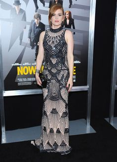 Isla Fisher in an art deco-inspired, black beaded gown. Stunning!
