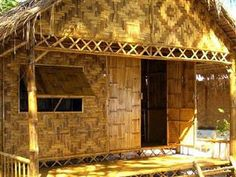 Treasures of Thailand: Koh Lipe เกาะหลีเป๊ะ: From an unknown island to a tourist hotspot Bamboo House Design, Small House Design, Koh Lipe, Ko Samui, Bahay Kubo Design Philippines, Hut House, Bamboo Structure, Bamboo Architecture, Bamboo Crafts