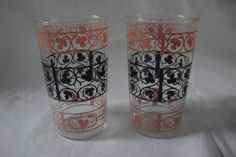 Pretty Set of 2 Vintage 1950's Pink and Black Driking by DamenArt