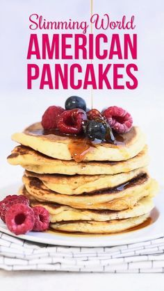 These delicious fluffy American Pancakes are easy to whip up for breakfast or brunch and a true family favourite. Never feel left out again – these Slimming World Pancakes are only one syn each. Serve with fresh berries and a drizzle of maple syrup – YUM! Slimming World Pancakes, Slimming World Sweets, Slimming World Puddings, Slimming World Breakfast, Slimming World Recipes Syn Free, Slimming World Diet, Slimming Eats, I Hop Pancake Recipe, Brunch