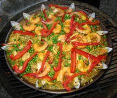 Receita de Paella Prática. Saiba os ingredientes e o passo a passo para fazer Paella Prática