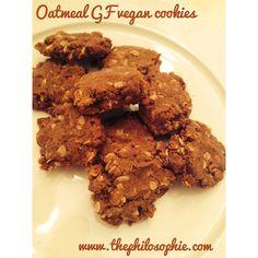 Oatmeal Superfood Cookies - #Gluten-free, #Vegan + #Sugarfree! - Philosophie www.thephilosophie.com