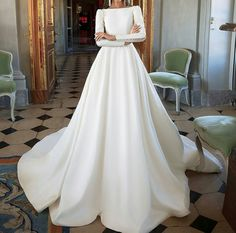 Pretty wedding dress idea. Perhaps DB shld go w me to look at styles and loint out his favorite. Then, I can surprisechim w a dress in style he likes. I wnt him to thnk its the most beautiful dress he evr seen. Love you w all my being, DB.