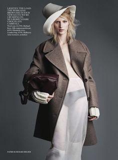 Vogue UK Agosto 2014 | Julia Nobis por Patrick Demarchelier [Editorial]