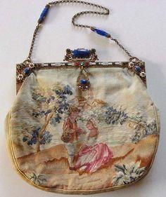 Antique purse via ANNADAN