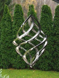 Wind Sculptures, Sculpture Art, Garden Wind Spinners, Garden Windmill, Kinetic Art, Outdoor Sculpture, Art For Art Sake, Metal Crafts, Yard Art