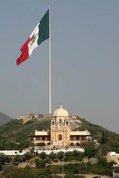 Hermosa vista del Cerro Del Obispado en #Monterrey, Nuevo Leon, #México Elida Najera  Beautiful view of the hill of Obispado in Monterrey, Nuevo Leon, Mexico  Tour By Mexico - Google+