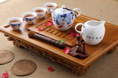 Chinese tea set. I have a set like this...love it.