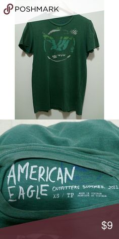 American Eagle green men's T-shirt American Eagle Outfitters green men's tee-shirt. Size XS. Used satisfactory condition.   #mens #mensshirt #americaneagle #americaneaglemensshirt American Eagle Outfitters Shirts Tees - Short Sleeve