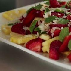 Συνταγή για την πιο νόστιμη φρουτοσαλάτα που έχετε φάει ποτέ!