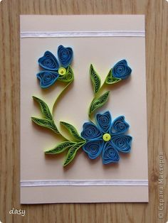 cute blue quilled flowers !