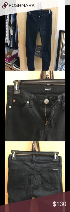 NEW black Hudson Skinny jeans Brand new. Only worn twice Black Hudson skinny jeans! Offers accepted so please make me an offer! Hudson Jeans Jeans Skinny