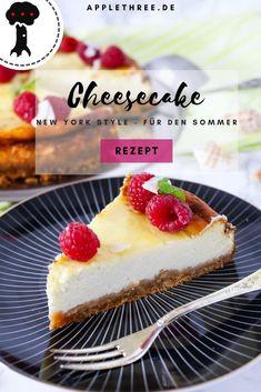 Cheesecake New York für den Sommer - Applethree - Food Healthy Dessert Recipes, Health Desserts, Healthy Baking, Easy Desserts, Dessert Simple, American Cheesecake, Desserts Sains, Homemade Butter, Nutrition