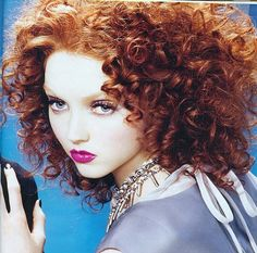 Lily Cole Dasjenige hängt seit alters an meiner Wand Lily Cole, Red Hair Color, Eye Color, Pictures Of Lily, Ginger Hair, Interesting Faces, Belle Photo, Cute Hairstyles, Redheads