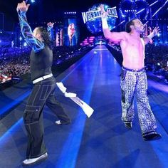 Matt & Jeff Hardy Return at WWE Wrestlemania 33