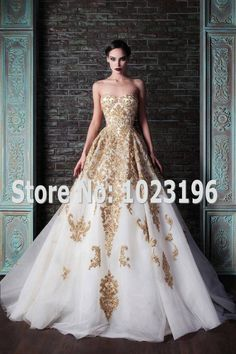 2015 Gorgeous Ivory Gold Wedding Dresses Sweetheart Vestidos De Noiva Beadings Embroidery Ball Gown Lace Up Back Wedding Gowns