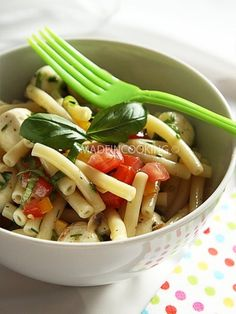 Salade de macaroni à l'italienne Pasta Salad, Barbecue, Green Beans, Chicken, Meat, Vegetables, Cooking, Ethnic Recipes, Food