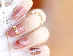 24pcs 12 Different Size Dyeing Pink Golden Glitter Line Rhinestone Pearl Decorated Medium Length Oval Full Cover False Nails with Design