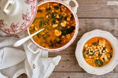 Lenten stew with cod and prawns: recipe for Easter and Lent easy Spanish Food, Spanish Recipes, Prawn, Chana Masala, Cod, Stew, Curry, Good Food, Cooking Recipes