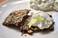 Healthy seed crackers. Easy to make. Vegan. No flour! #mysecondbreakfast
