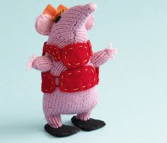 Clangers: Tiny Clanger knitting pattern