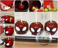Manzanas de caramelo de Spiderman.Son tan fáciles de hacer.También, es muy divertido para hacer con los niños. Manzanas de caramelo de Spiderman come fruta.